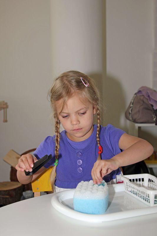 Praktický život - použití kleštiček